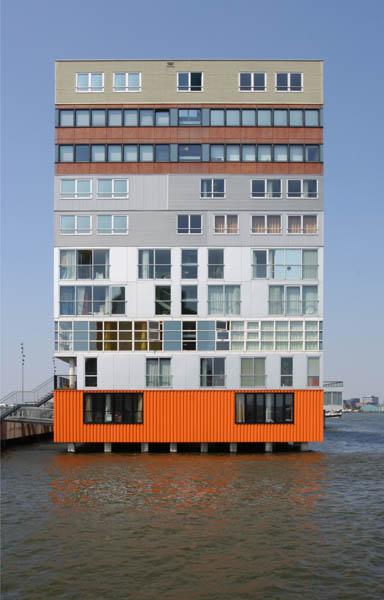 Woongebouw Silodam te Amsterdam (foto: Bart van Hoek)